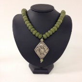 Jade Nepal pendant necklace by Laura Castriotta